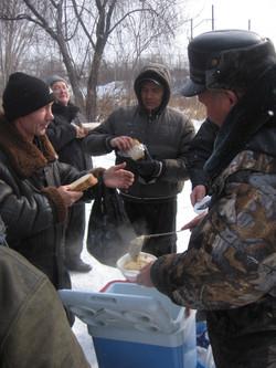 Помощь бездомным фонд Небо (13)