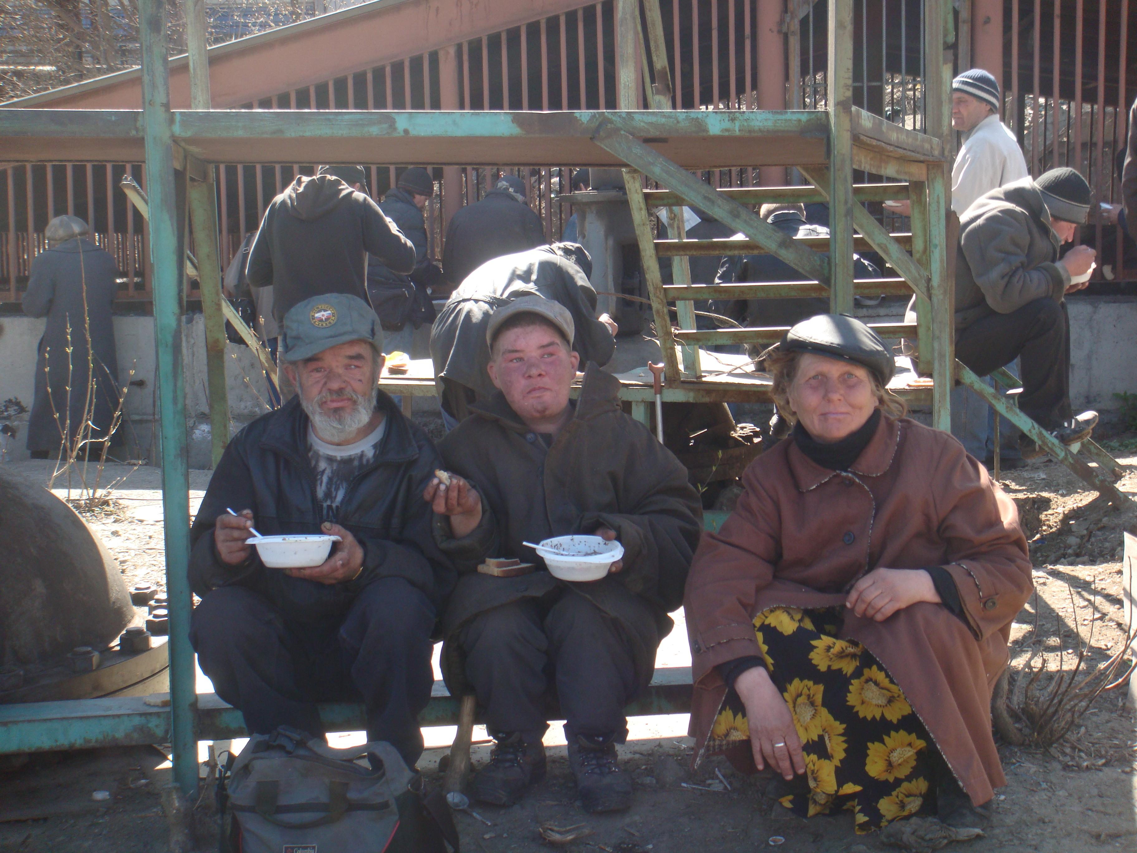 Помощь бездомным фонд Небо (3)