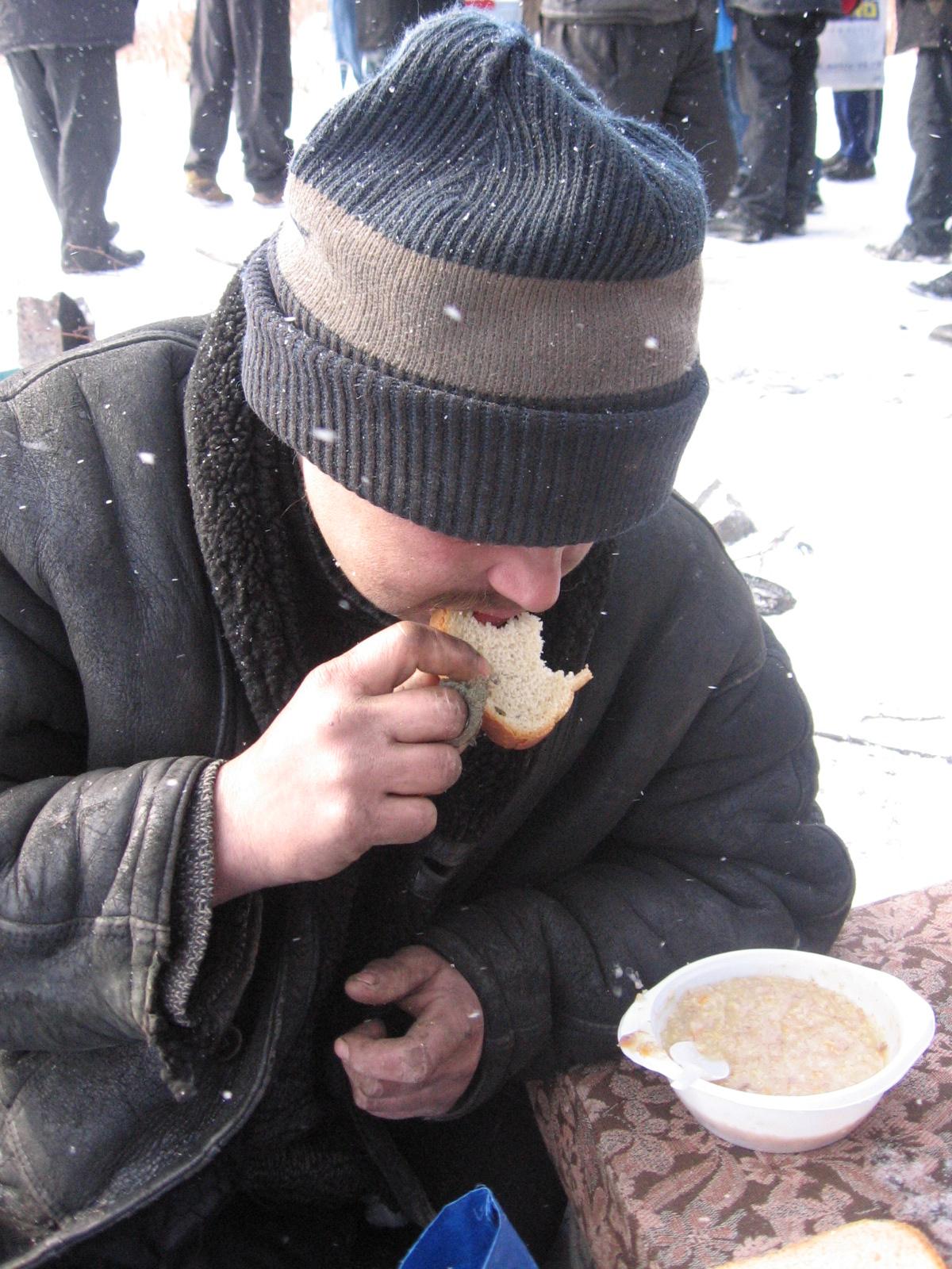 Помощь бездомным фонд Небо (15)