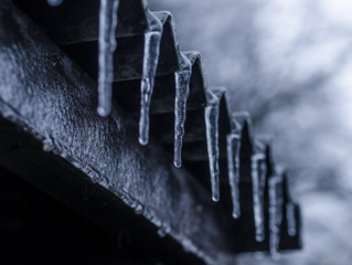 3 Ways to Prevent Ice Dams From Damaging Your Home