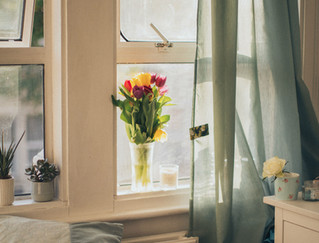 4 Reasons Why You Should Open Your Home's Windows, Even in Winter