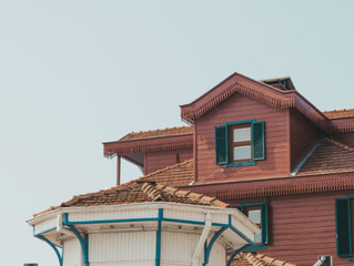 Looking to Insulate Your Attic? Read These 4 Tips First
