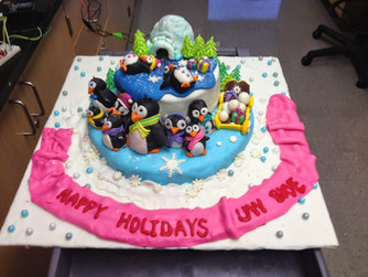 LUTZ LAB (for the 1st time) proudly presents 'The Jingling Penguin Cake'