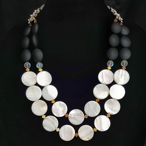 Sophie Shell Necklace