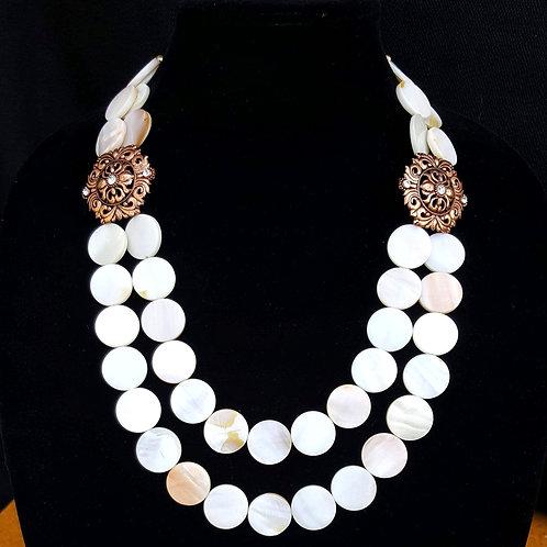 Apsen Shell Necklace