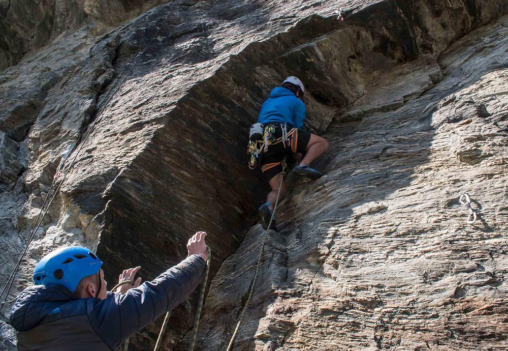 Be a Great Belayer- spot the climber