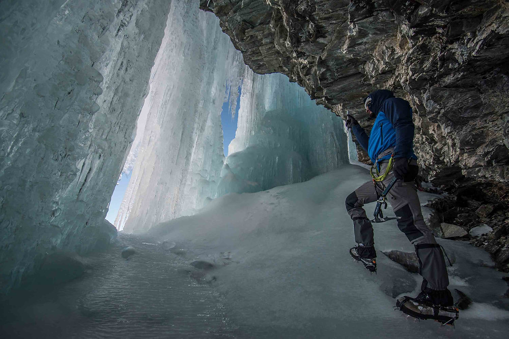 WYE CREEK ICE CLIMBING
