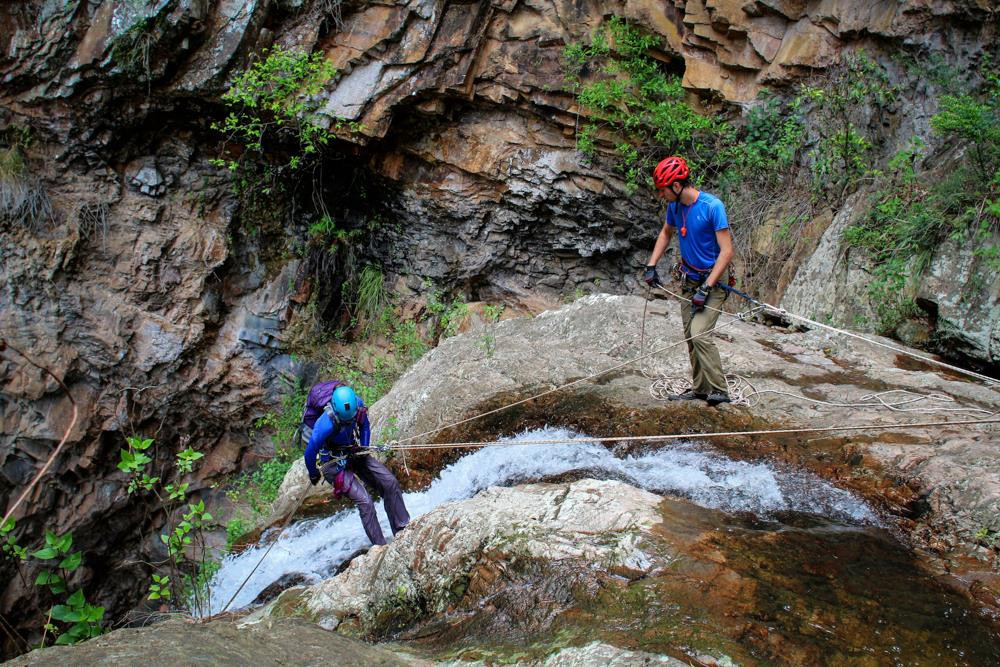 top belay in canyoning
