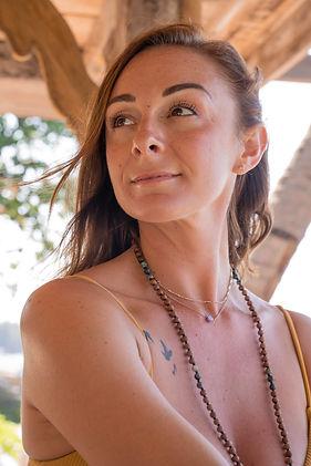 Bio Nina Camille.jpg
