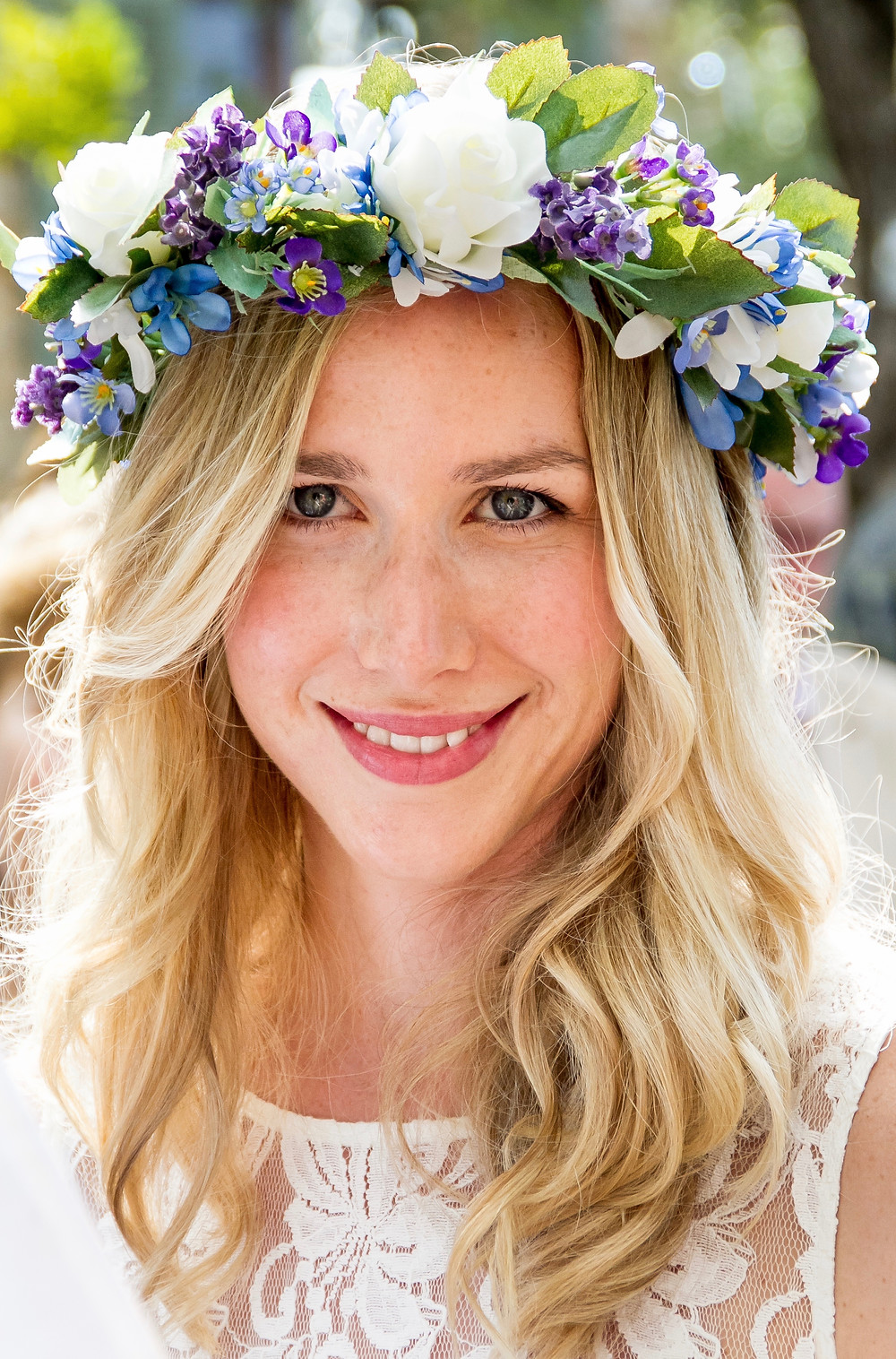 Sarah Santa Cruz | Mobile Holistic Beauty Treatments Mallorca | SPA treatments designed for wedding events