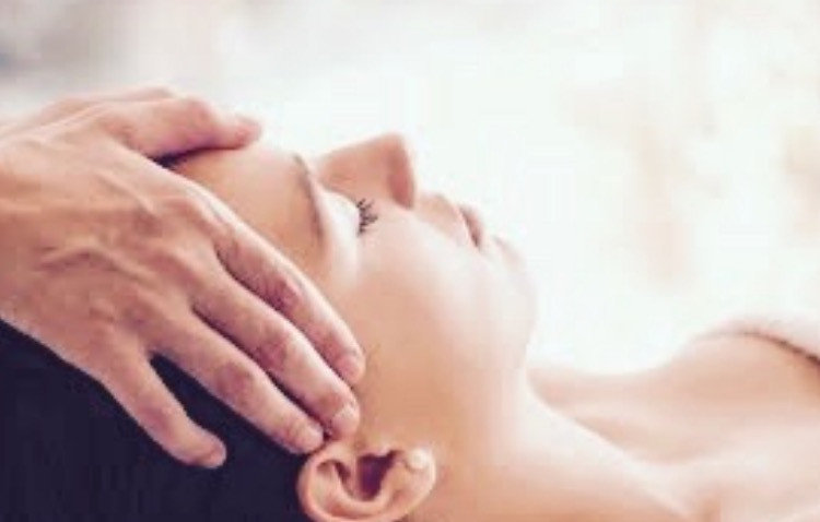 reiki holistic body therapies with sarah santa cruz in Mallorca