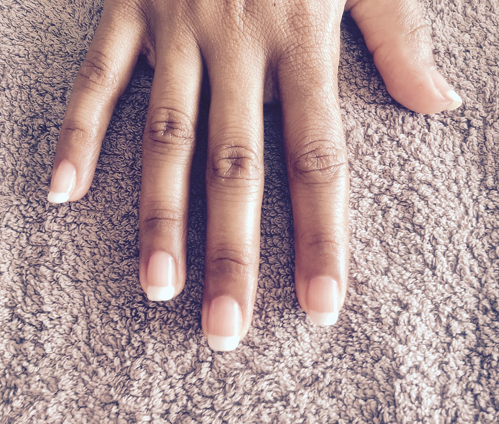 French Manicure for a wedding in Mallorca by Sarah Santa Cruz | Mobile Beauty Treatments for Events