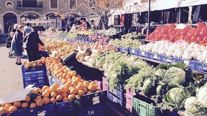 Valldemossa vegetables food market on a Sunday by Sarah Santa Cruz