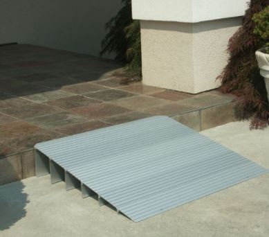 EZ-ACCESS TRANSITIONS MODULAR ENTRY RAMP 5-IN