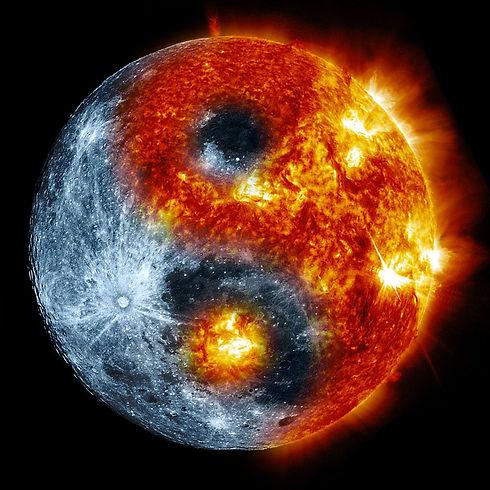 moon_sun_yin_yang_by_de3euk-d5yuhrc.jpg