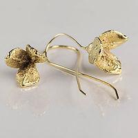 nature campanula earrings goldplated.jpg
