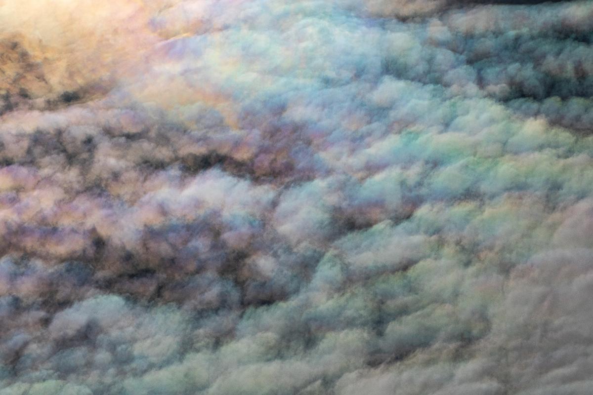 Irridescent_clouds_135A1582