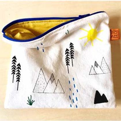 Mountains Pouch