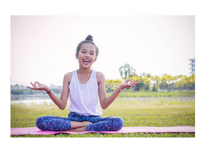 8 reasons why kids should practice yoga