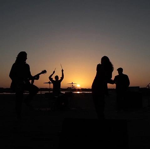 LA OTRA MITAD - Recuerdame (Official Video)