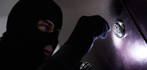 burglar-624x299.jpg
