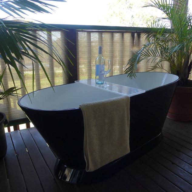 Bath Tub Manufacture