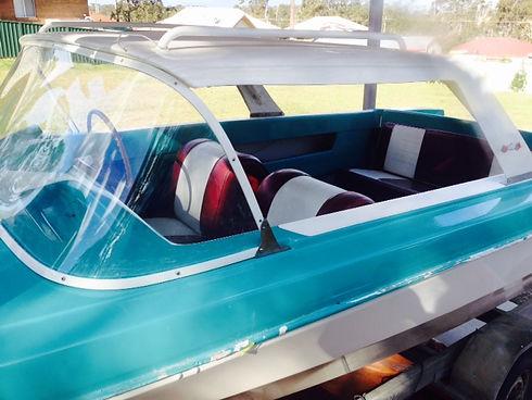 Fibgreglass Boat Repairs, Fibreglass tra