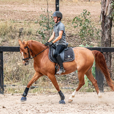 Chris & Lacey - Private Photoshoot under Saddle