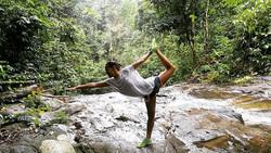 Waterfall Yoga Open Air Thailand