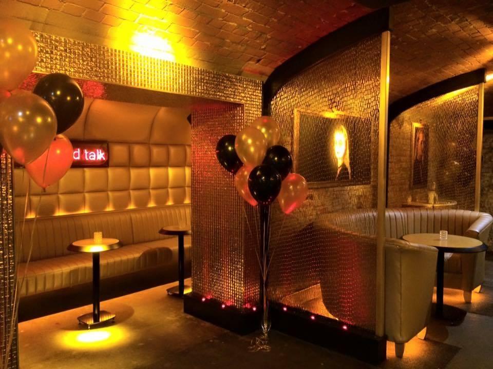 Ollies Nightclub