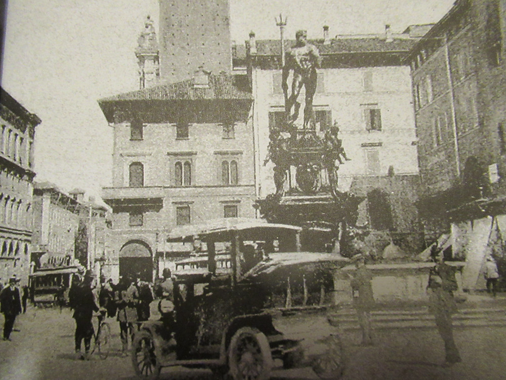cars and trams in Bologna