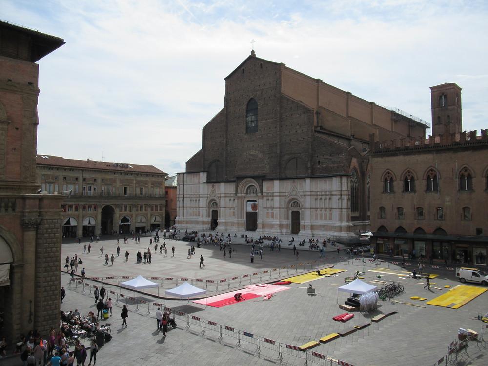 San Petronio - Bologna main square, Piazza Maggiore