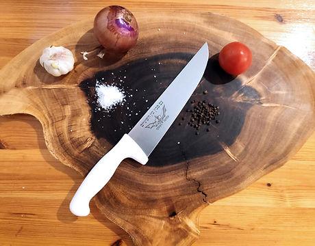 חריטה על סכין- חריטות- צריבות לייזר