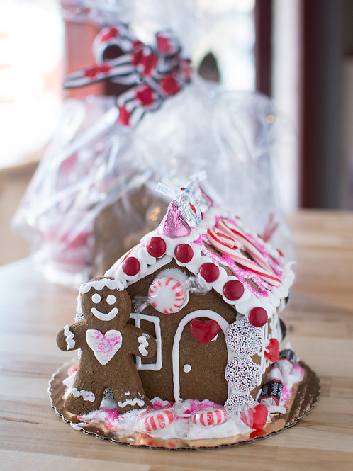 Small Gingerbread House Decorating Kit