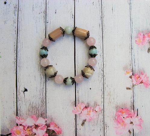 Браслет из амазонита, солнечного камня, розового кварца и агата.