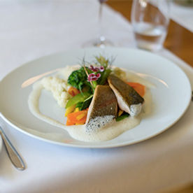 Essen im Restaurant St.Petersinsel