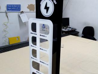 Torre de carga para celulares