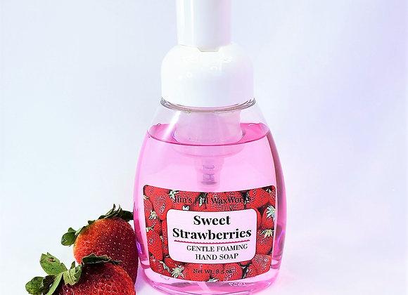 Sweet Strawberries Gentle Foaming Soap 8.5 oz