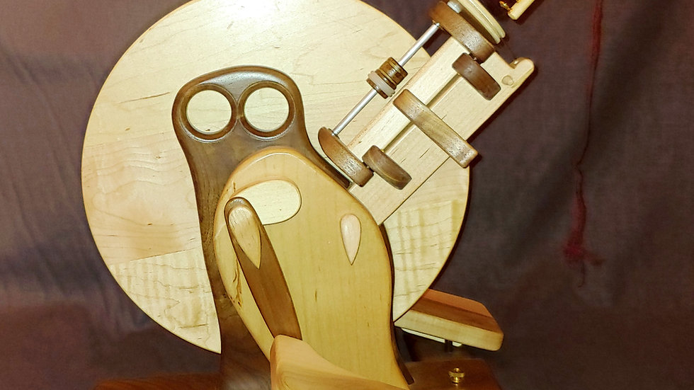 Capricorn Wheel in Walnut Body and Maple Wing