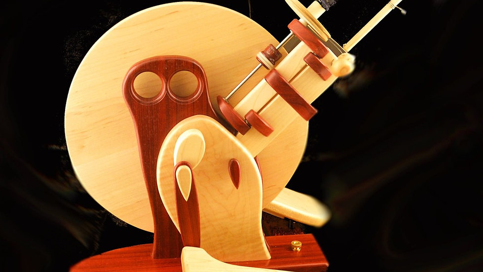 Capricorn Wheel in Padauk Body and Maple Wing