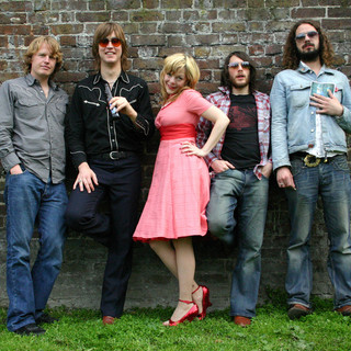 Piney Gir and The Country Roadshow