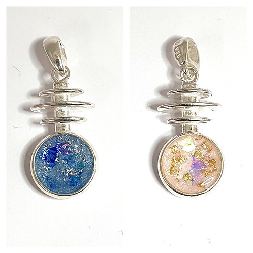 The double-sided Harmony Inclusion Pendant