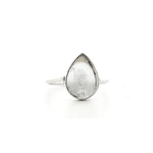 10x14 Teardrop Inclusion Ring (Sizes R)