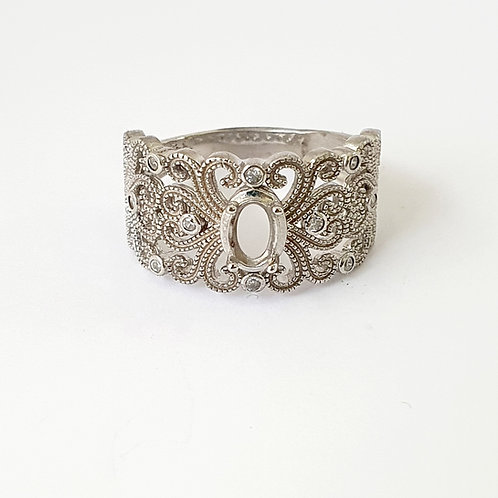 Wide sparkle band ring (Size O)