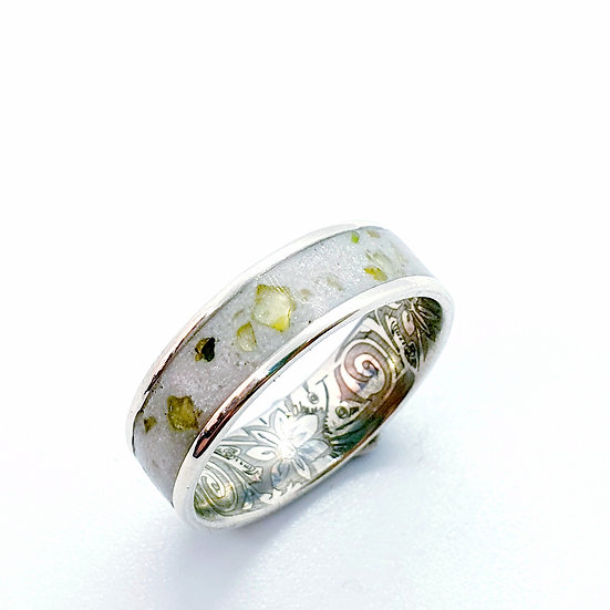 The Patterned Sterling Silver Channel Ring