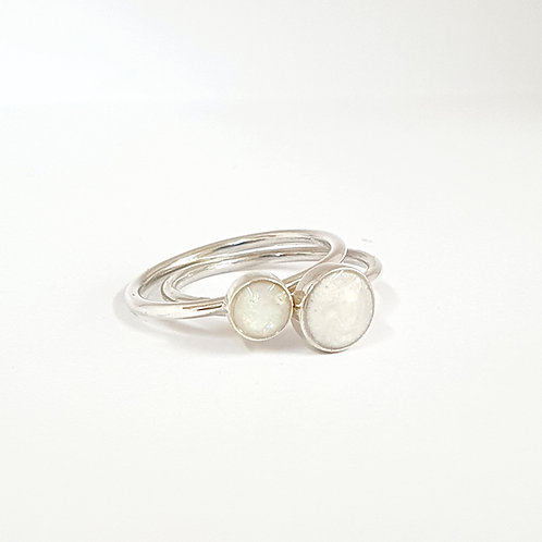 The Simple Stacker Inclusion Ring