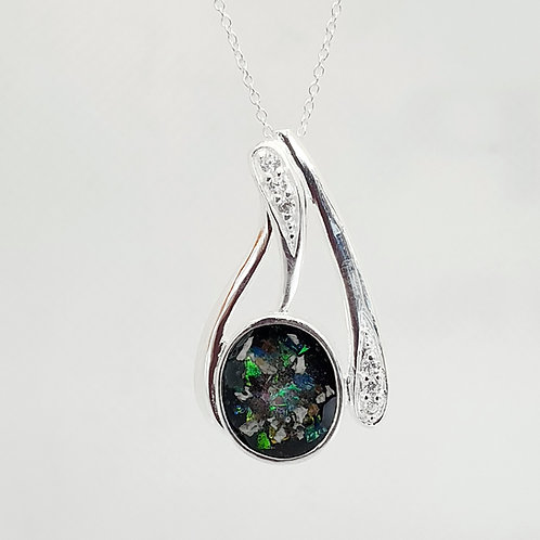 The Cressida Curved Inclusion Pendant