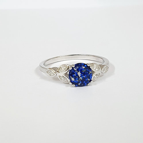 The Fleur Inclusion Ring