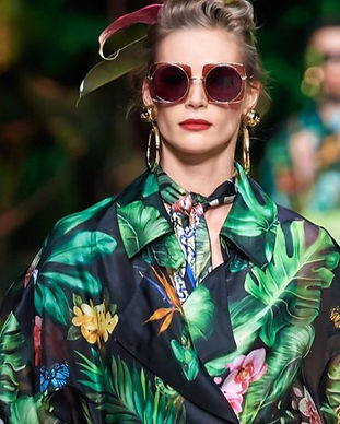 fashion trends 2020, fashion trend forecast 2021, latest fashion trends, 2021 fashion forecast, spring summer 2021 print and pattern trends, tie dye, print, adobe illustrator seamless print, tropical