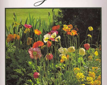 BOOK REVIEW: Invitation to the Garden: A Celebration in Literature & Photography